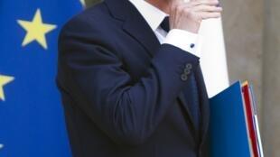 Премьер-министр Франции Манюэль Вальс в Елисейском дворце, 23 июня 2015.