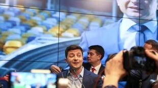 Во втором туре президентских выборов за Владимира Зеленского проголосовали 73% избирателей.