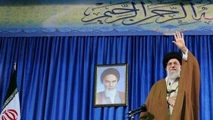 L'ayatollah Ali Khamenei lors d'un discours face à des étudiants le 9 mai 2018.