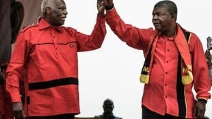 José Eduardo dos Santos, antigo presidente cessante de Angola e o seu sucessor João Lourenço