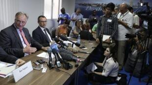 Christian Leffler, le négociateur de la Commission européenne, devant des journalistes à La Havane, le 30 avril 2014.