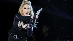Madonna durante un concierto del MDNA word tour en Bruselas, el 12 de  julio de 2012.