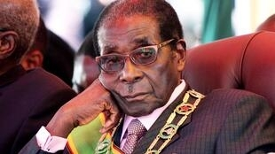 Robert Mugabe, lors des célébrations du 32ème anniversaire de l'indépendance du Zimbabwe, à Harare, le 18 avril 2012. (Photo d'illustration)