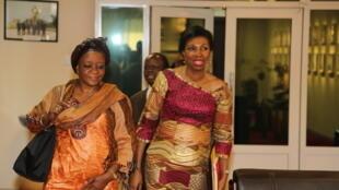 Jeannine Mabunda, à droite.