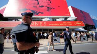 Festival de cinema de Cannes decorre sob forte dispositivo de segurança