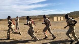 Une formation de lutte antiterroriste a réuni des policiers de sept pays africains au centre d'entraînement créé dans le cadre du Programme d'aide antiterroriste du département d'État américain, à Thiès (Sénégal).