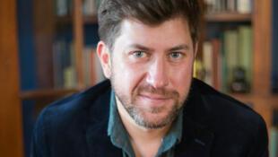 L'écrivain américain Tom Cooper, vient présenter son roman «Les Maraudeurs».