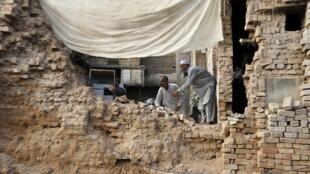 Последствия землетрясения в Пакистане. 26 октября, 2015
