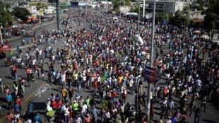 Des manifestants ont encore défilé à Port-au-Prince, le 30 octobre 2019, pour demander la démission de Jovenel Moïse.