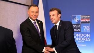 Tổng thống Pháp Emmanuel Macron (P) gặp đồng nhiệm Ba Lan Andrzej Duda, nhân thượng đỉnh NATO, Bruxelles, tại Watford, Anh Quốc, ngày 04/12/2019