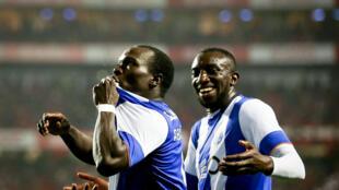 O avançado camaronês Aboubakar e o avançado maliano Marega, as armas ofensivas do FC Porto.
