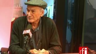 Bernardo Kucinski está em Paris promovendo o livro K – Relato de uma Busca, lançado recentemente em francês.