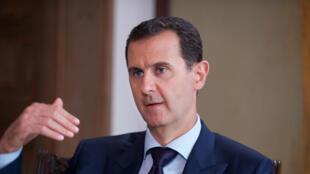 Le président syrien Bachar el-Assad dans une interview à la chaîne australienne SBS News diffusée vendredi 1er juillet 2016.