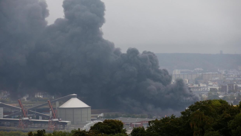 Lubrizol inculpé après l'incendie de son usine chimique à Rouen