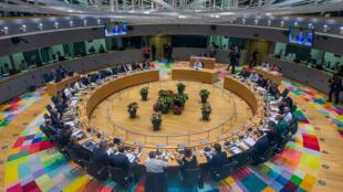 В 4:30 утра в Брюсселе было подписано заключение саммита по вопросу о миграционной политике Евросоюза, 29 июня 2018.