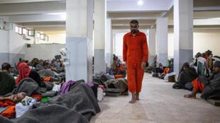 Les camps d'emprisonnement de jihadistes dans le nord-est de la Syrie sont remplis de terroristes vivant dans des conditions difficiles.