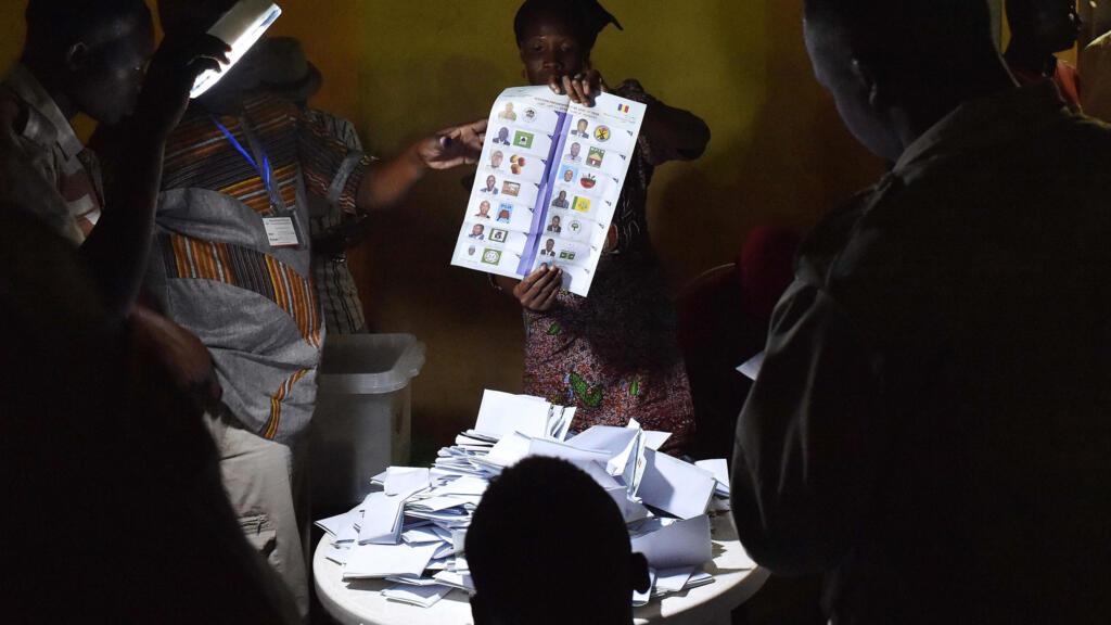 Tchad: les élections présidentielle et législatives fixées à avril et octobre 2021