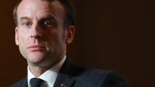 El partido de Macron busca desesperadamente un candidato a la Alcaldía de París.