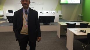 Arlindo  Carvalho, director do ambiente de São Tomé e Príncipe, Bourget, 10 de Dezembro de 2015