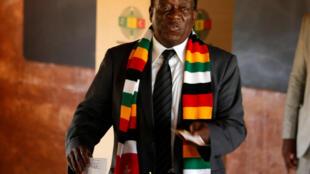 Presidente do Zimbabué Emmerson Mnangagwa
