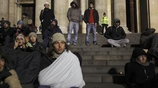 Segundo dados do governo britânico, mais de um milhão de jovens estão desempregados no país.