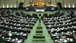 انتخابات یازدهمین دوره مجلس شورای اسلامی و میاندورهای مجلس خبرگان، روز ٢۱ فوریه/ ٢ اسفندماه ۱۳۹۸ برگزار خواهد شد.