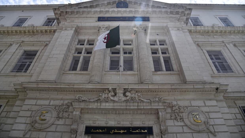 Algérie: deux ans de prison requis contre Khaled Tebboune, le fils du président