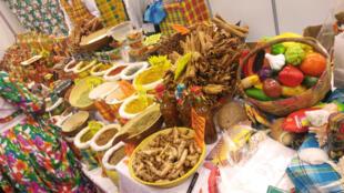 Safran, curcuma, massalé, vanille... Quelques épices typiques de la cuisine d'Afrique et d'Outre-Mer.