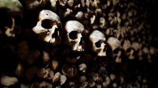Las catacumbas de París acogen restos de más de 2 millones de parisinos.