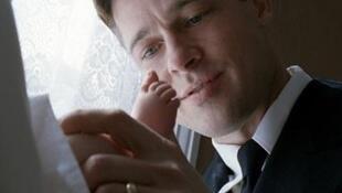 """Brad Pitt em cena do filme """"The Tree of Life"""""""