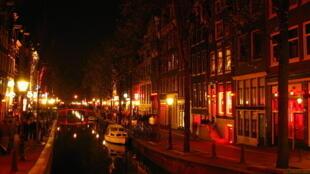 Một góc phố Đèn Đỏ, Amsterdam, Hà Lan.