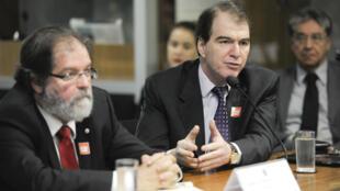 Diretor de Comércio Exterior do BNDES, Luiz Eduardo Melin, esteve em Paris nesta terça.