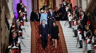 马克龙总统与巴黎市长伊达尔戈共同出席了这一庆祝活动
