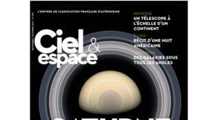 Couverture Ciel et Espace «Saturne, une planète pour les comprendre toutes», septembre/octobre 2017.