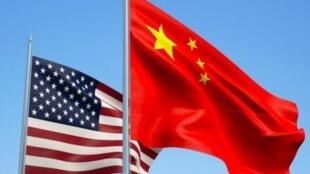از روز اول سپتامبر (١٠ شهریور) آمریکا و چین افزایش عوارض گمرکی را متقابلاً به اجرا گذاشتند و یک گام دیگر در جنگ اقتصادی پیش رفتند.