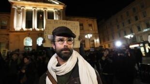 El agricultor Cédric Herrou fue juzgado por haber ayudado a migrantes en la frontera franco-italiana.