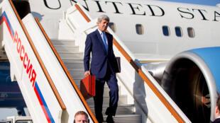 Госсекретарь США Джон Керри в аэропорту Внуково-2