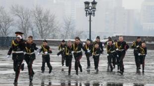 Кадеты после смотра строя и песни воспитанников кадетских корпусов со всей России, Москва, 29 марта 2019 г.