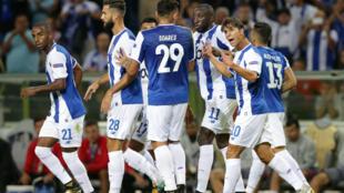 Festejos dos jogadores do FC Porto após o único golo dos portistas frente ao Besiktas (1-3).