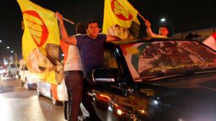 Concert de klaxons dans les rues d'Erbil, lundi 25 septembre, en soutien à l'indépendance du Kurdistan irakien.
