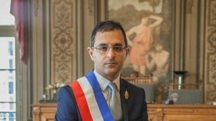 Arash Derambarsh.