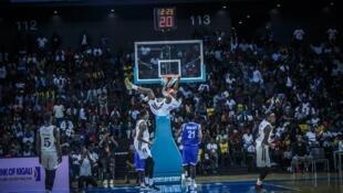 Lors des qualifications pour la première saison de la Basketball Africa League.