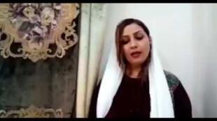 نرگس منصوری، فعال مدنی و یکی از امضاکنندگان بیانیه ۱۴ فعال مدنی زن، به هنگام خروج از محل کار خود بازداشت شده است.