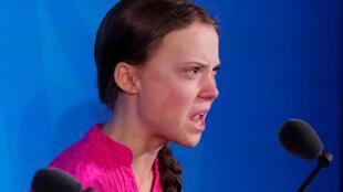 Gương mặt Greta Thunberg, thiếu nữ Thụy Điển 16 tuổi, biến dạng vì xúc động và giận dữ, khi phát biểu tại Thượng đỉnh Khí hậu Liên Hiệp Quốc (Climate Action Summit), New York, ngày 23/09/2019