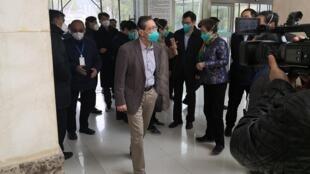 Ông Chung Nam Sơn (Zhong Nanshan), chuyên gia về các bệnh đường hô hấp được mời lãnh đạo ủy ban nghiên cứu về virus corona. Ngày 19/01/2020.