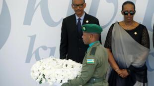 盧旺達總統卡加梅與夫人在基加利出席紀念大屠殺25周年活動 2019年4月7日