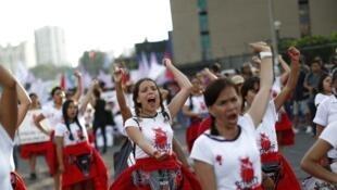 Des Péruviennes manifestent lors de la Journée internationale de la femme, le 8 mars 2018. (Photo d'illustration)