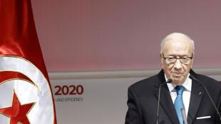 Le président tunisien Beji Caid Essebsi s'exprime lors de l'ouverture de la conférence internationale sur l'investissement Tunisie 2020, à Tunis, le 29 novembre 2016.