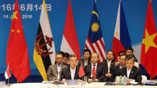 今年6月中国与东盟已经展开会谈