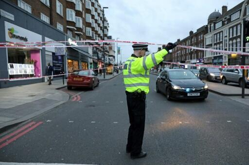 2 injured, suspect killed in London terror stabbings